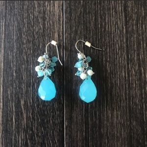 Aqua Teardrop Bead Earings